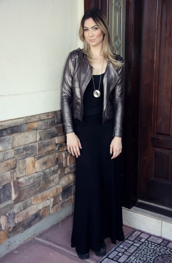 Lindsay Viker Couture in the Suburbs TFW Blogger of the Month May